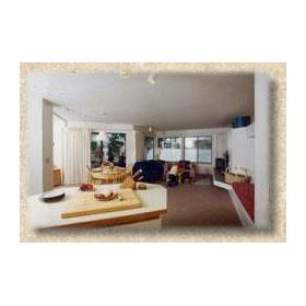 Room at Wapato Point