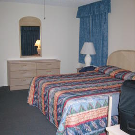 The Hawks Nest - Unit Bedroom