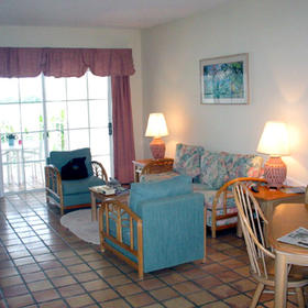 Paradise Harbour Club & Marina - Inside a Unit