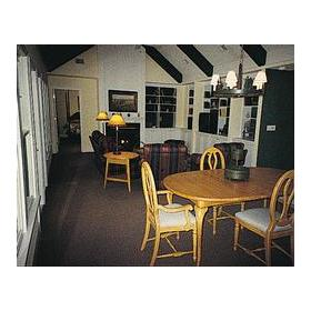 The Owner's Club at Hilton Head - Unit Dining Area