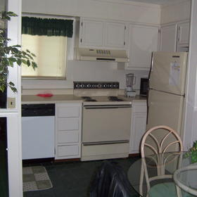 American Vacation Resort at Hilton Head Island - Unit Kitchen