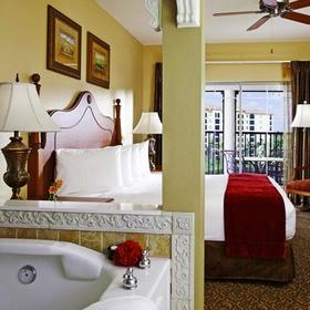 Hilton Grand Vacations Club (HGVC) at Tuscany Village Bedroom and Bathroom
