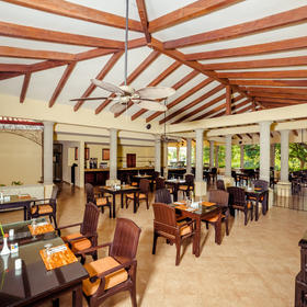 Occidental Grand Papagayo Resort Snack Bar