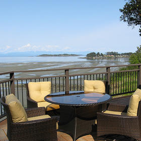 Sunrise Ridge Waterfront Resort Balcony