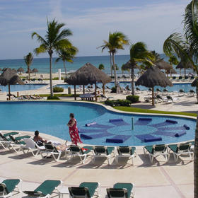 Mayan Palace Riviera Maya - outdoor pool