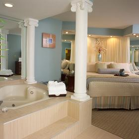 Star Island Resort Whirlpool Suite Bedroom