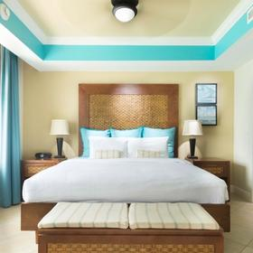 Beach Towers at Divi Phoenix Bedroom