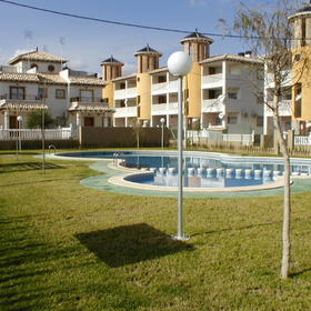 Aldea del Puerto Romano - Grounds and Pool