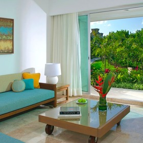The Bliss Resort Living Are