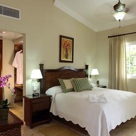 The Crown Villas at Lifestyle Holidays Vacation ResortThe Crown Villas at Lifestyle Holidays Vacation Resort Bedroom