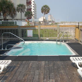 Southern Shores Beach Resort Pool