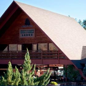 Kohl's Ranch Lodge Exterior