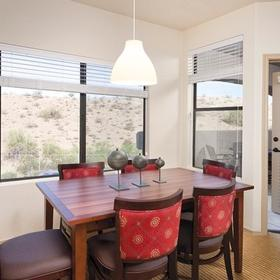WorldMark Phoenix - South Mountain Preserve Dining Area