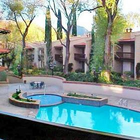 Arroyo Roble Resort Pool