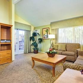 Dolphin's Cove Resort Living Area