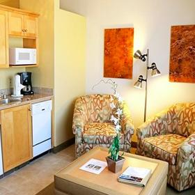 Cimarron Golf Resort Living Area and Kitchen