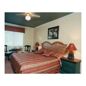 Branson Yacht Club - Unit Master Bedroom