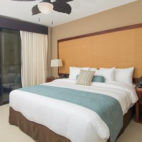 Breeze Private Residences Club Bedroom