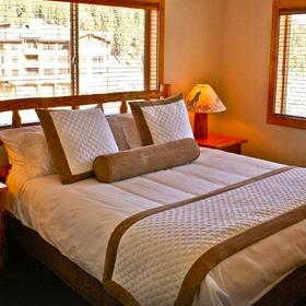 Red Wolf Lodge at Squaw Valley Bedroom
