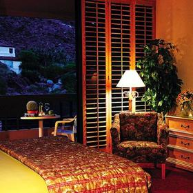 Palm Springs Tennis Club Bedroom