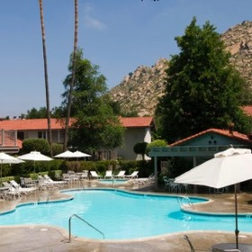Riviera Oaks Resort & Racquet Club Pool