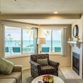 San Clemente Cove Living Area