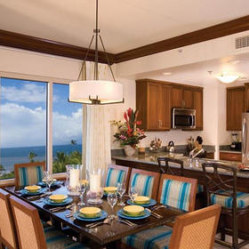 Marriott's Maui Ocean Club - Lahaina Villas Dining Area