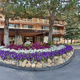 Tahoe Beach & Ski Club Exterior