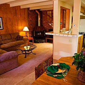 Heavenly Valley Townhouses Living Area