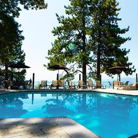 Red Wolf Lakeside Lodge Pool