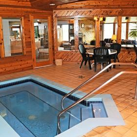 Lake Forest Resort and Club Hot Tub