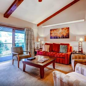 Falcon Point Living Area