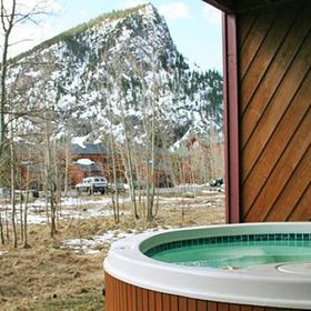 Val Chatelle III Hot Tub