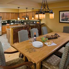 Wyndham Vacation Resorts Steamboat Springs Dining Area