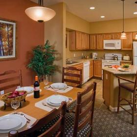 Wyndham Vacation Resorts Steamboat Springs Dining Area and Kitchen