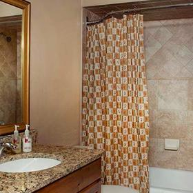 Eagle Point Resort Bathroom