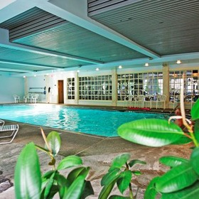 Water's Edge Inn & Resort Pool