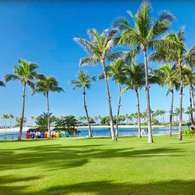 Hilton Grand Vacations Club (HGVC) at Hilton Hawaiian Village Grounds