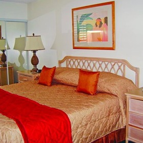 Lifetime in Hawaii Bedroom