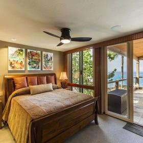 Keauhou-Kona Surf and Racquet Club Bedroom