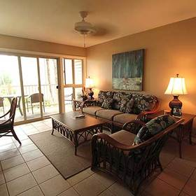 Kapaa Shore Living Area