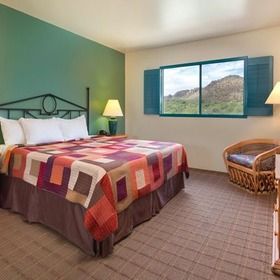 Starr Pass Golf Suites Bedroom