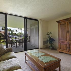Kamaole Sands Living Area