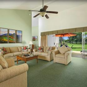Makai Club Cottages Living Area