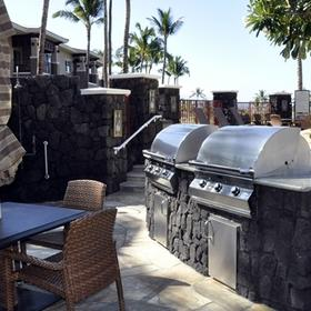 Hilton Grand Vacations Club (HGVC) at Waikoloa Beach Resort Barbecue Area