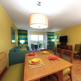 Holiday Inn Club Vacations Cape Canaveral Beach Resort Dining Area