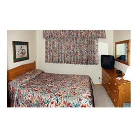 Breezy Point International - bedroom