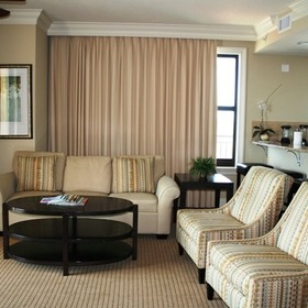Emerald Grande at HarborWalk Village Living Area