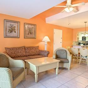 Legacy Vacation Club - Indian Shores Living Area