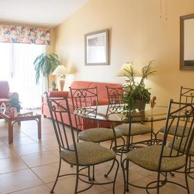 Villas at Fortune Place Dining Area